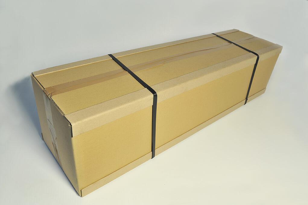 Karton mit Kantenschutz